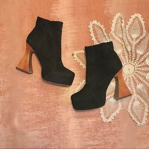 Jeffrey Campbell Suede boots size 10